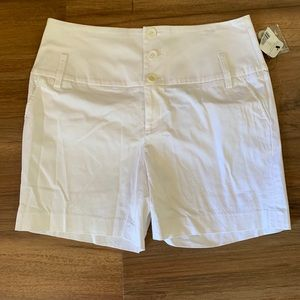 Cute NWT Nicole by Nicole Miller High Waist Shorts